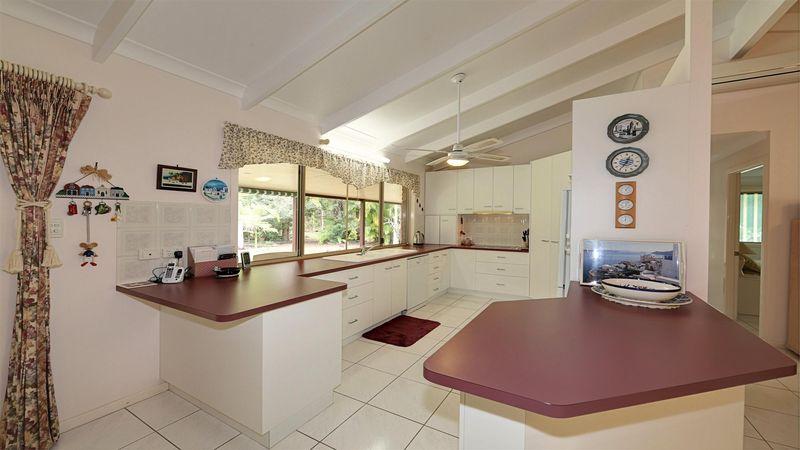 26 Hannah Court, Moore Park Beach, QLD