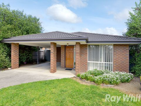 Boronia, 1b Sutton Avenue