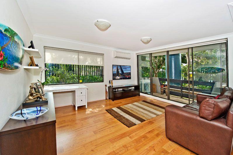 Spacious garden apartment in a quiet rear setting - Centennial Park