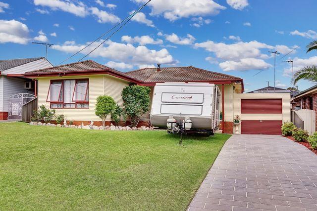 Inviting family residence - Greystanes