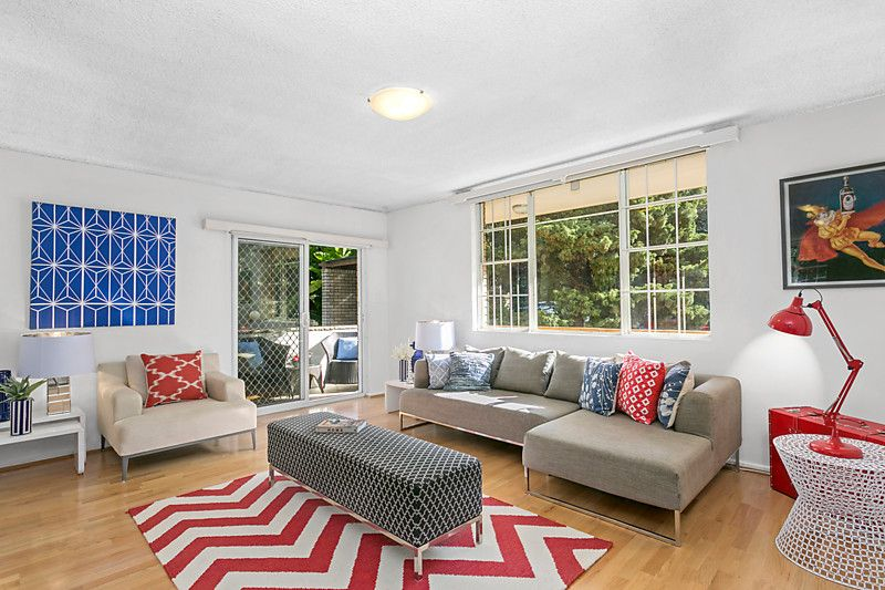 Great First Home Or Easycare Portfolio Addition- Definite Sale! - Rose Bay