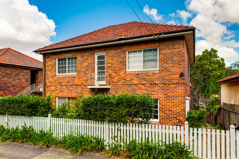 Renovated Studio Apartment in a Quiet Location - Hunters Hill