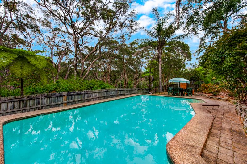 Ideal for the Large Family Who Wishes to Entertain - East Ryde