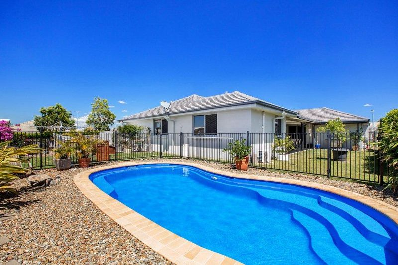 Big Family Home ..... Great Value! - Meridan Plains
