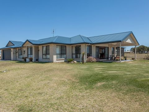 Gowrie Junction, 42 Hilltop Drive