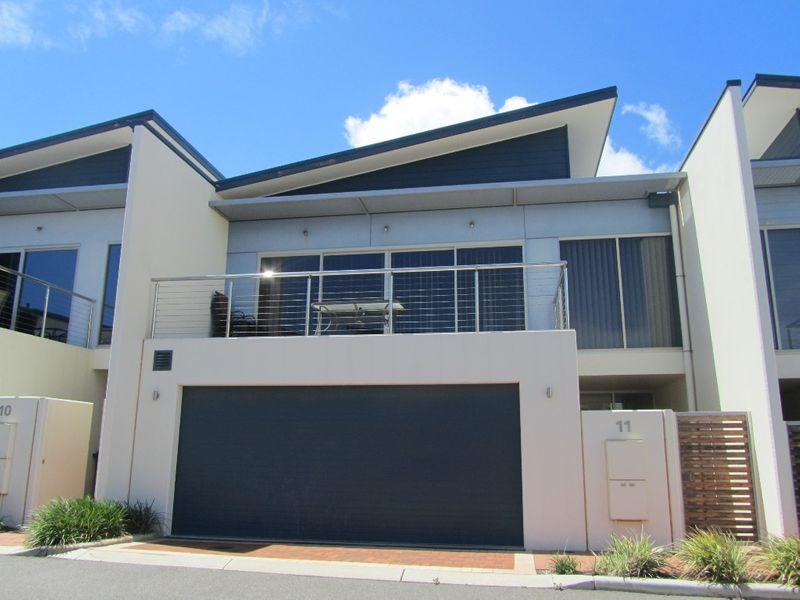 Secure, Classy & by the Beach - Beresford