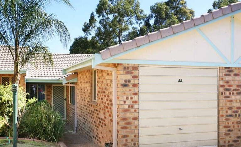 Freshly painted 2 bedroom villa - Blacktown