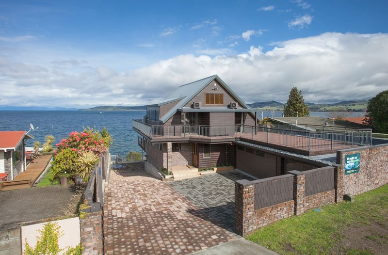 Your Very Special Location - Taupo Central