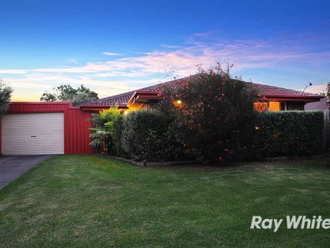 Cranbourne West, 13 Caroline Crescent
