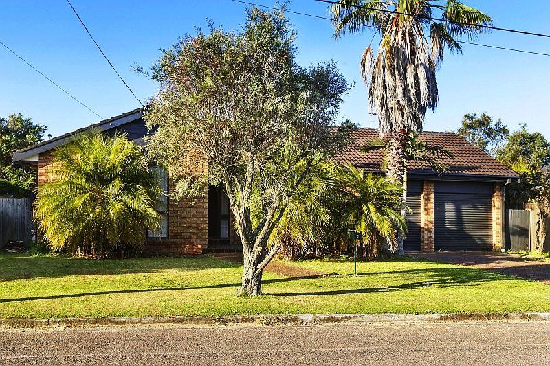 Spacious Family Home - Chittaway Bay