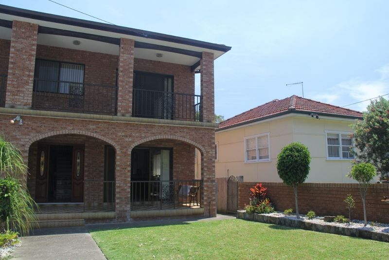 Substantial four bedroom Residence - Collaroy Plateau