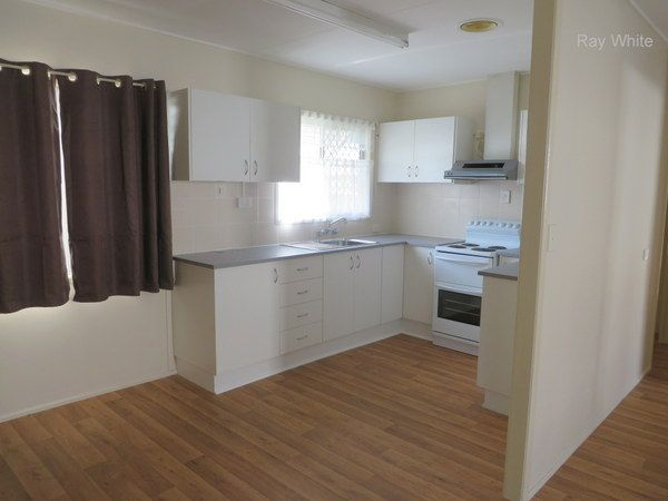 Walk to Waterfront - Newly Renovated Ready, Waiting For New Tenant! - Deception Bay