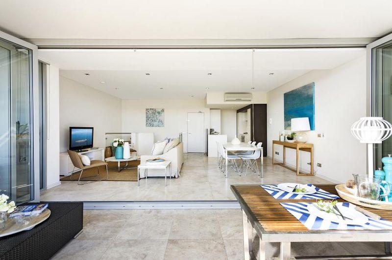 Ultra Modern Maroubra Beach Penthouse - Maroubra