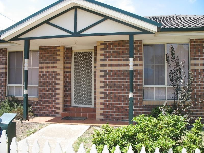 Beautiful unit close to airport -INSPECTIONS WITHIN 24 HOURS NOTICE MON TO FRIDAY - Tullamarine