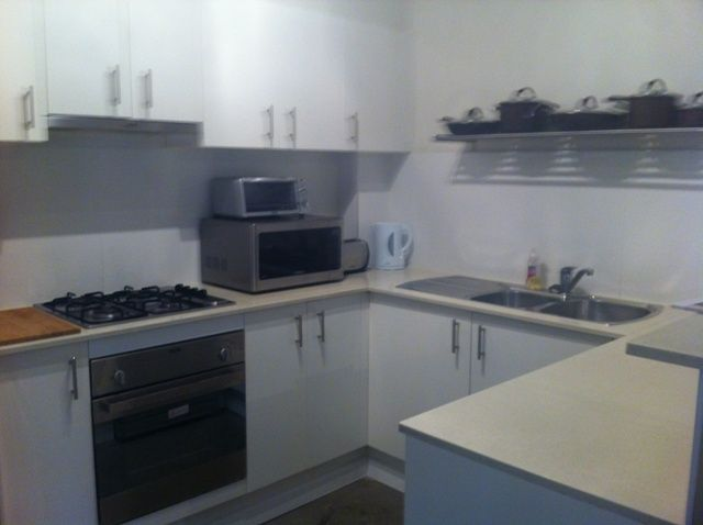 Are you a Excellent Tenant? Extra large apartment - Pendle Hill