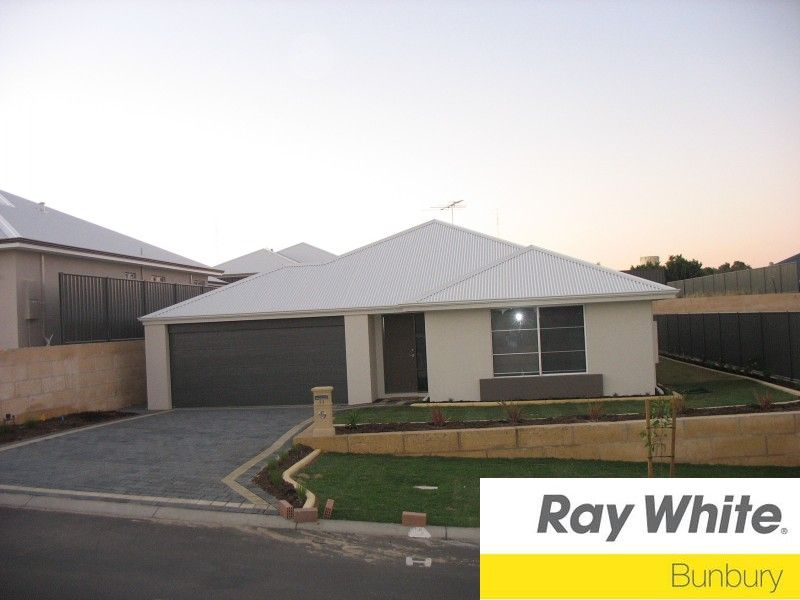 LOCATED IN THE TWIN RIVERS ESTATE - VIDEO TOUR AVAILABLE - AIR CONDITIONING - NO PETS! - Australind