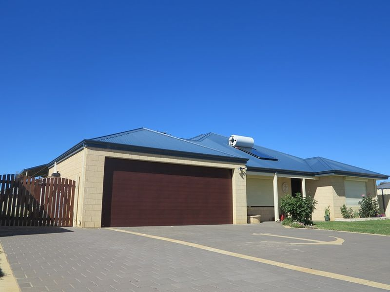 Outrageous Value in Drummond Cove - Drummond Cove