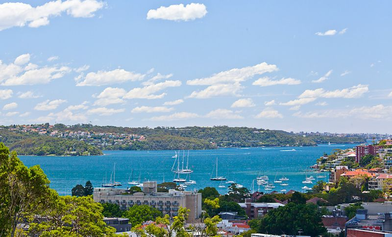 'Cullen House' - Glamorous New York Style whole floor Apartment with Harbour Views - Woollahra