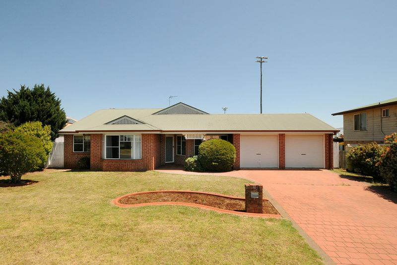 Quietly positioned - Downsizing or investment perfection - Middle Ridge