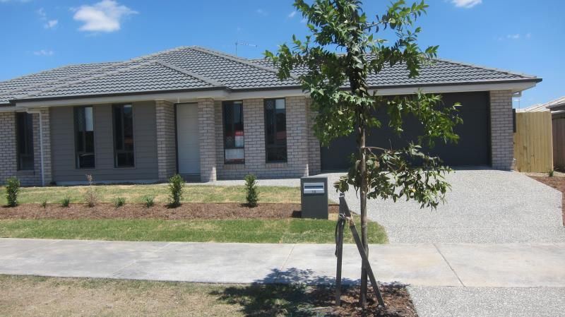 WOW A BRAND NEW HOME WITH PLENTY TO OFFER COME SEE THIS HOME - Ormeau