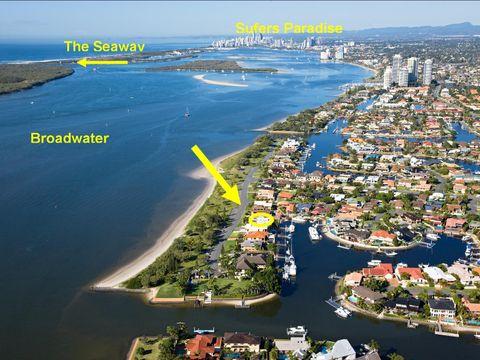 Runaway Bay, 44 Shearwater Esplanade