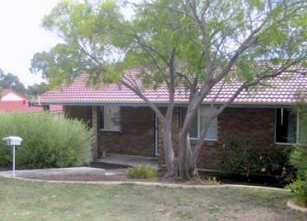 CLOSE TO SCHOOLS AND MEDICAL FACILITIES - PETS NEGOTIABLE - Withers