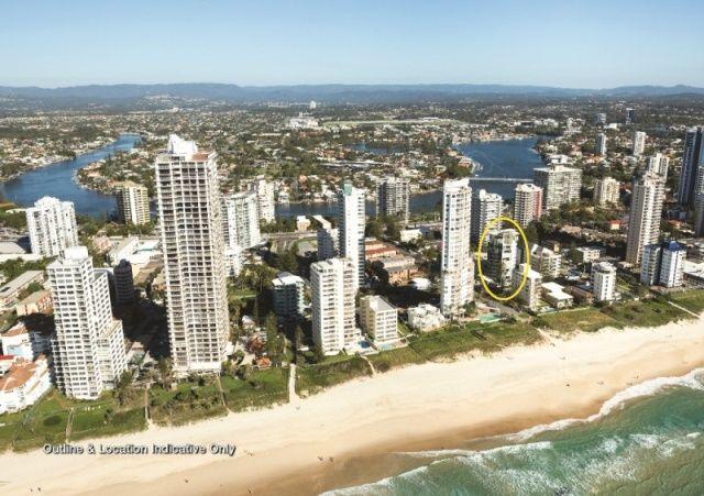 Entire Beachside Ground Floor 335m2 Pet Friendly Apartment - Surfers Paradise