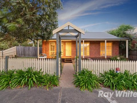 Mornington, 1 Karella Crescent