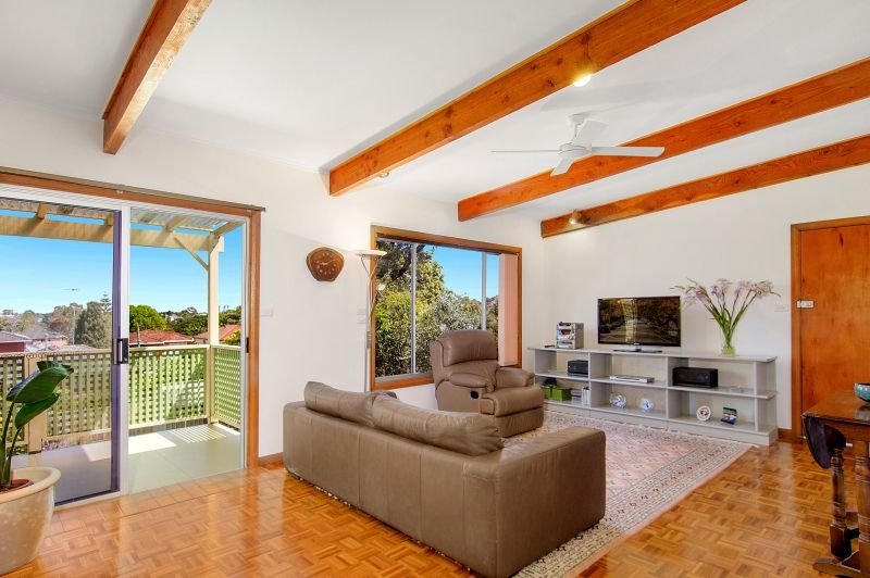 Family Home on 675sqm in a quiet Cul De Sac Street - Gladesville