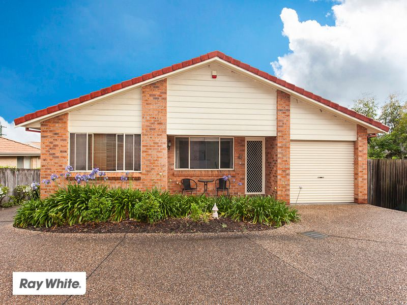 Single Level In The Village - Shellharbour