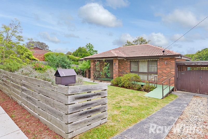 A Neat & Original 3 Bedroom Home In A Quiet Court - The Basin