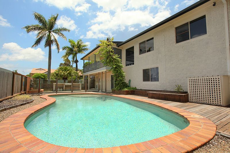 Close proximity to the river, dual living arrangement or double income - Maroochydore