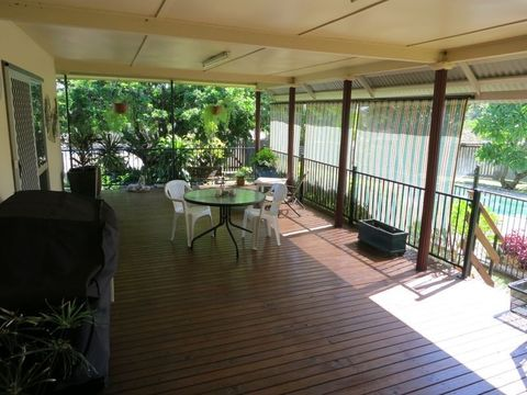 Bouldercombe, 12 Gum Tree Avenue