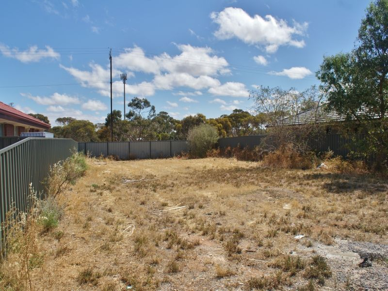 Be Quick, One Of The Last Blocks In This Development - Murray Bridge