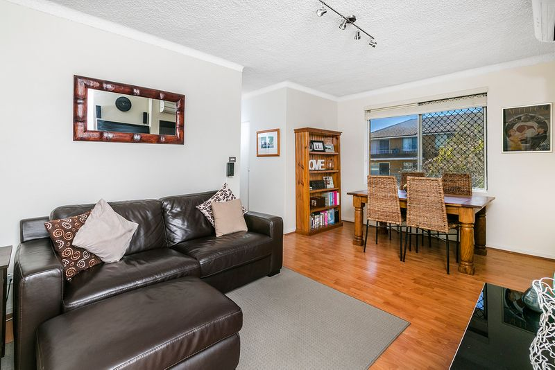 Location, Renovation & Lifestyle - Dee Why