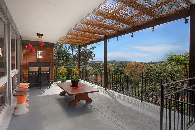 Sundrenched Family Abode with Panoramic Outlook - Allambie Heights