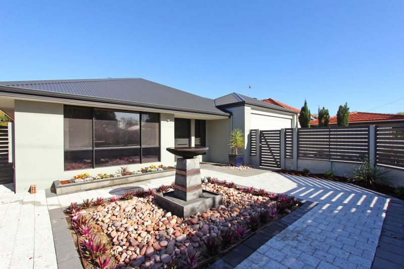 As New, Huge Family Home! - Rivervale