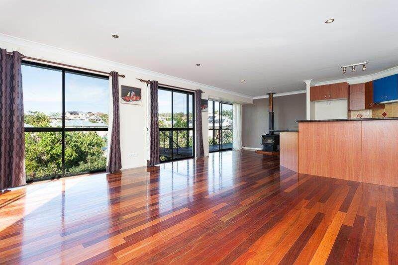 Renovate & Profit - Highlands Estate - 2 x Decks With Views - Narangba