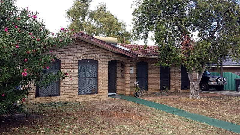 UNDER OFFER - HOME OPEN CANCELLED - Maddington