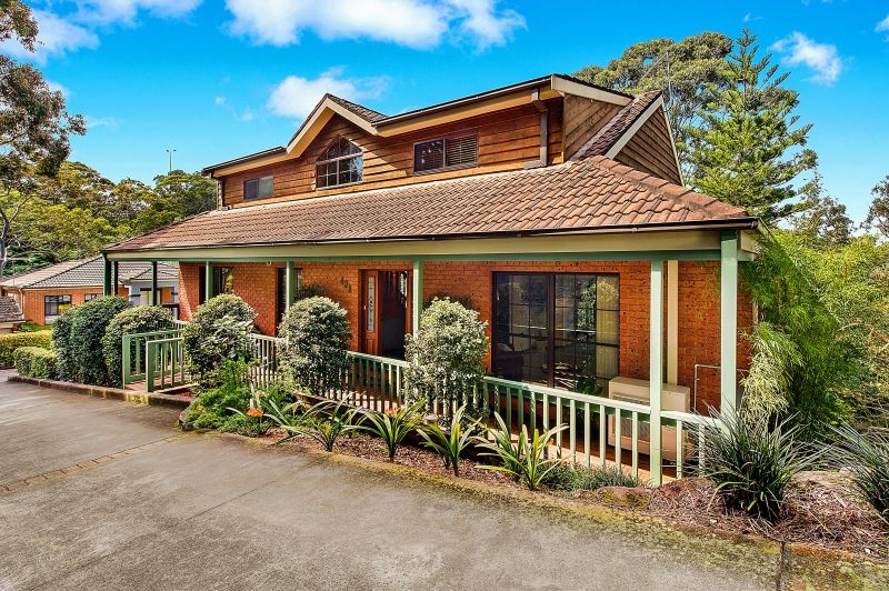 Exceptional Family Home in an Idyllic Setting - Ryde