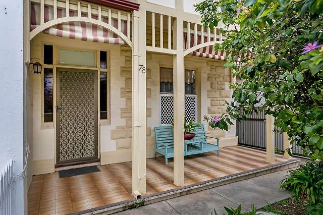 Easy Care Lifestyle in an Enviable Location - Birkenhead