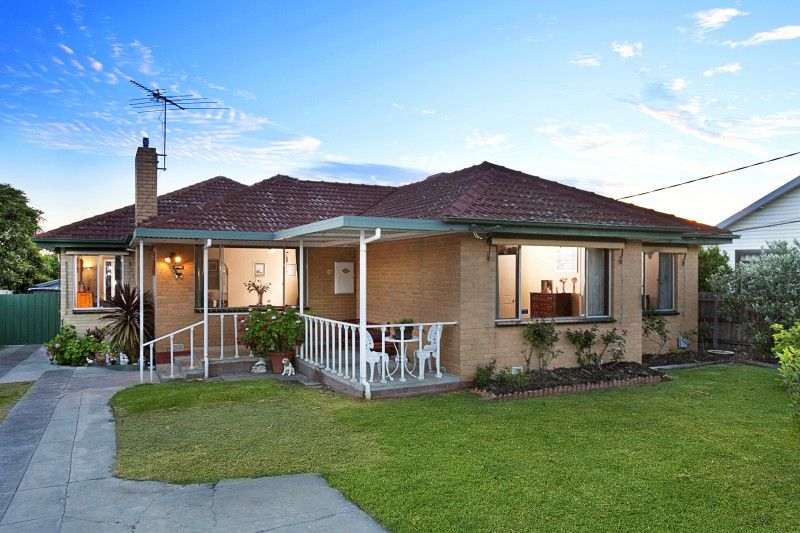 King sized family home that you'll never outgrow! - Noble Park
