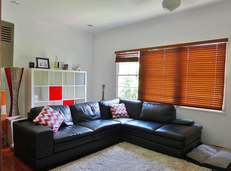 Convenient Two Bedroom Home - Jannali