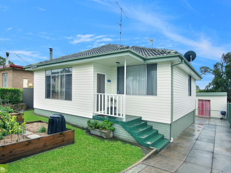 Room for the Whole Family! - Albion Park Rail