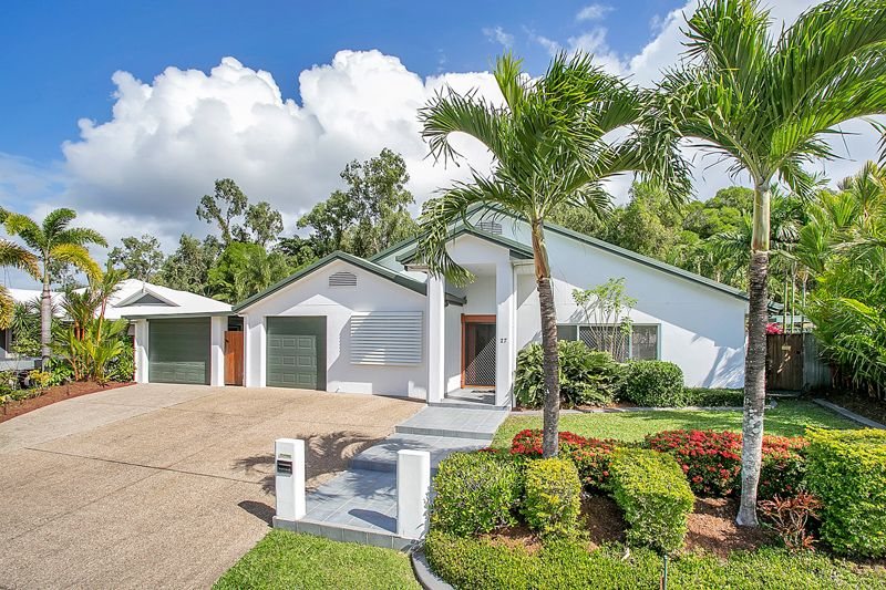 **APPLICATION APPROVED**           WOW! Super-Sized Family Home. *BREAK LEASE* - Clifton Beach