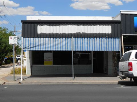 Bordertown, 100 Woolshed Street