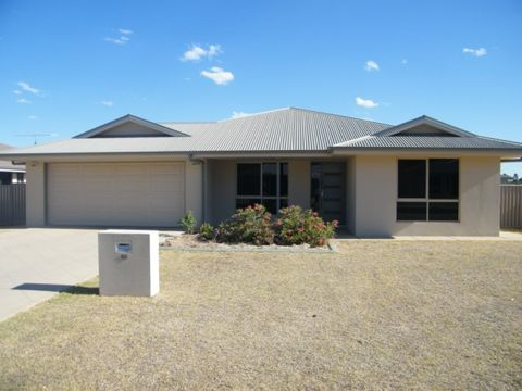 Chinchilla, 48 Sommerfeld Crescent