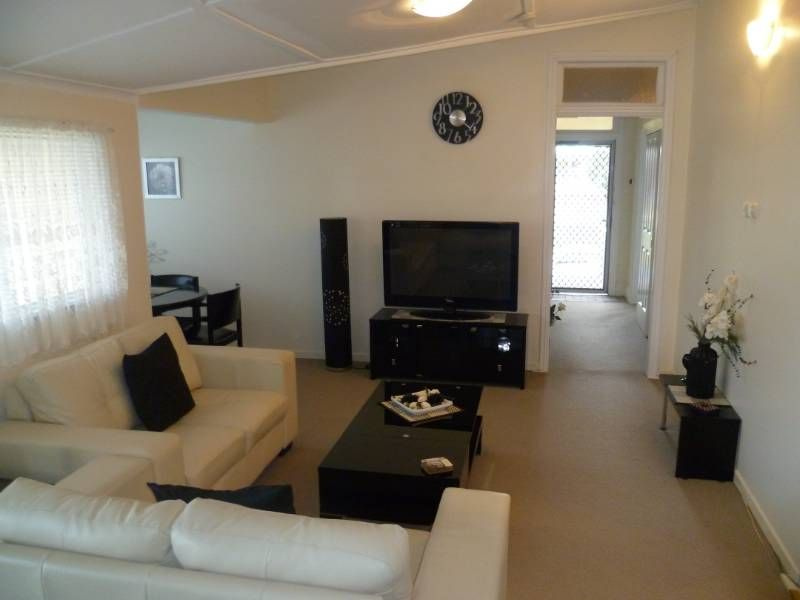 NOTHING TO DO EXCEPT MOVE IN! - Inverell