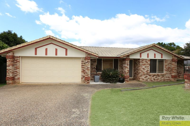 Very Neat Low Set Brick Home, Nestled in Quiet Cul De Sac - Albany Creek
