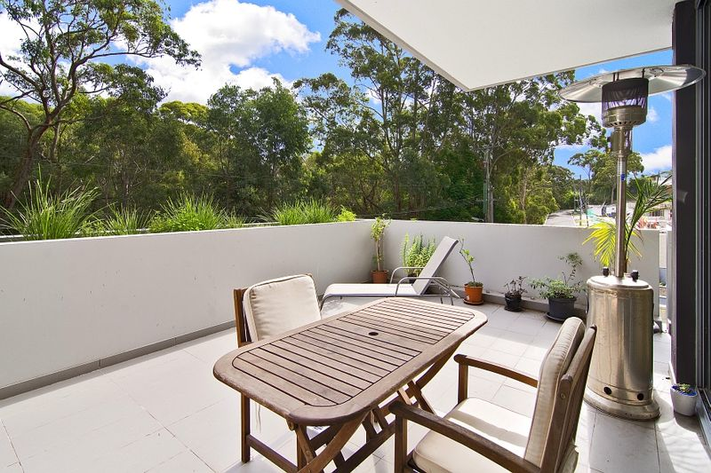 Stunning haven with relaxing alfresco entertaining - Lane Cove